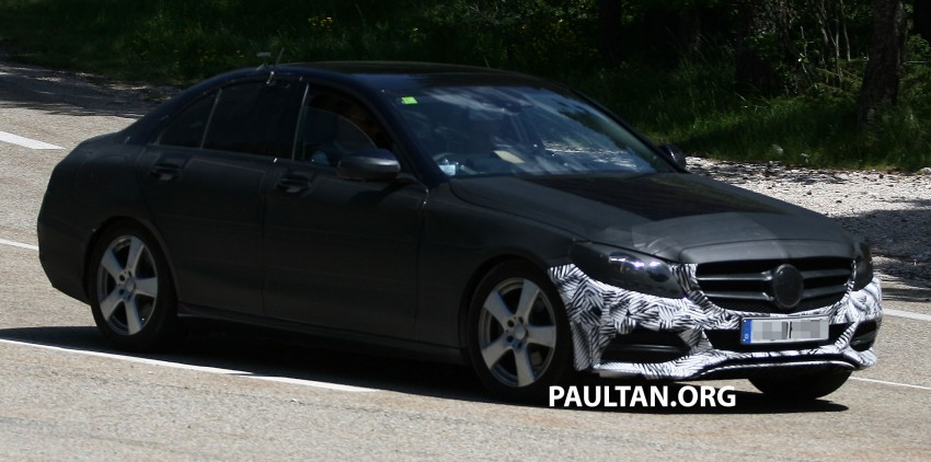 W205 Mercedes-Benz C-Class reveals more of its grille Image #181775