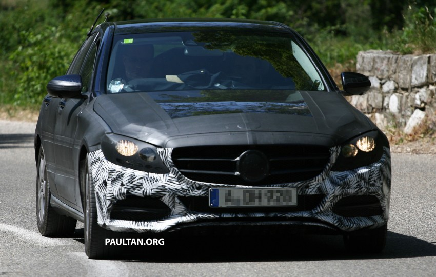 W205 Mercedes-Benz C-Class reveals more of its grille Image #181777