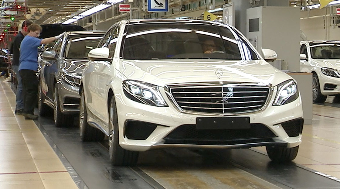 Mercedes benz s63 amg previewed in factory video for Mercedes benz usa factory