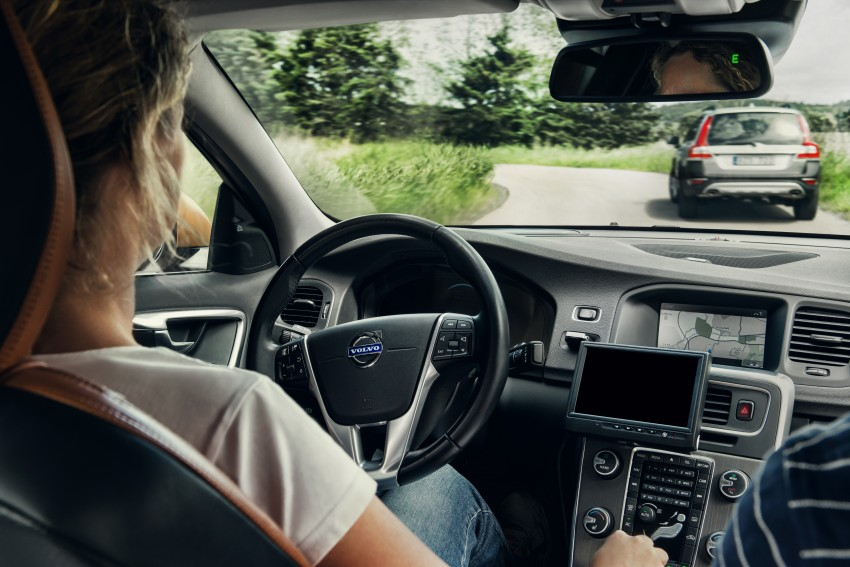 New Volvo XC90's safety tech explained; due end-2014 Image #185670