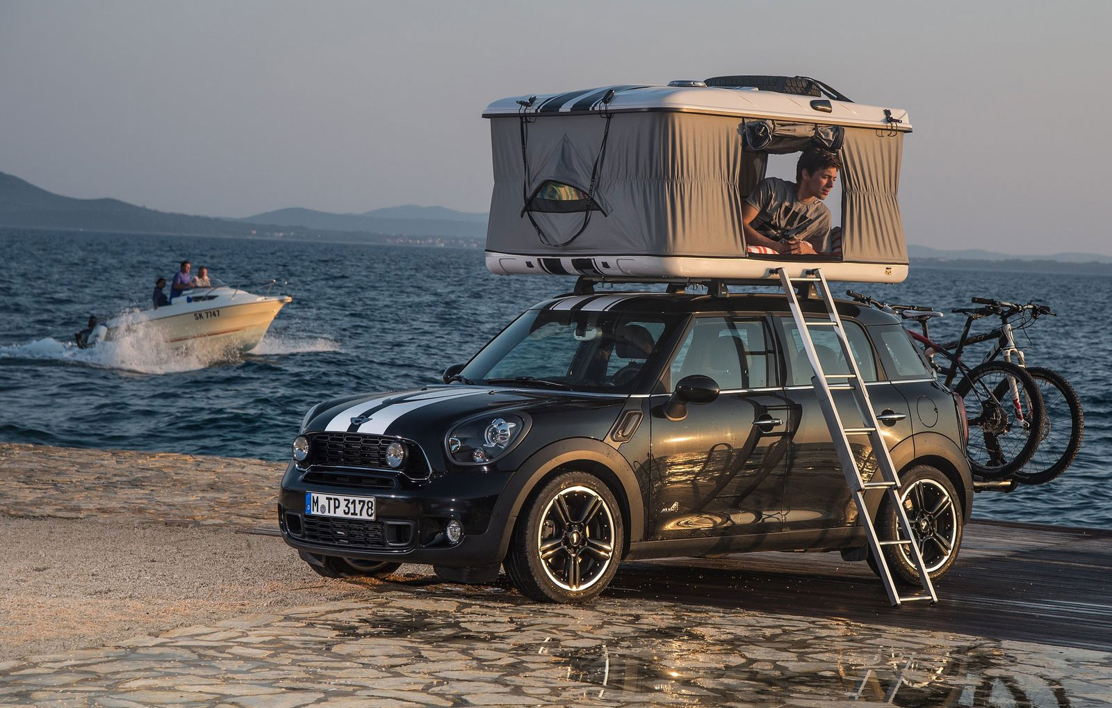Mini Countryman All4 Camp Apartment On Wheels