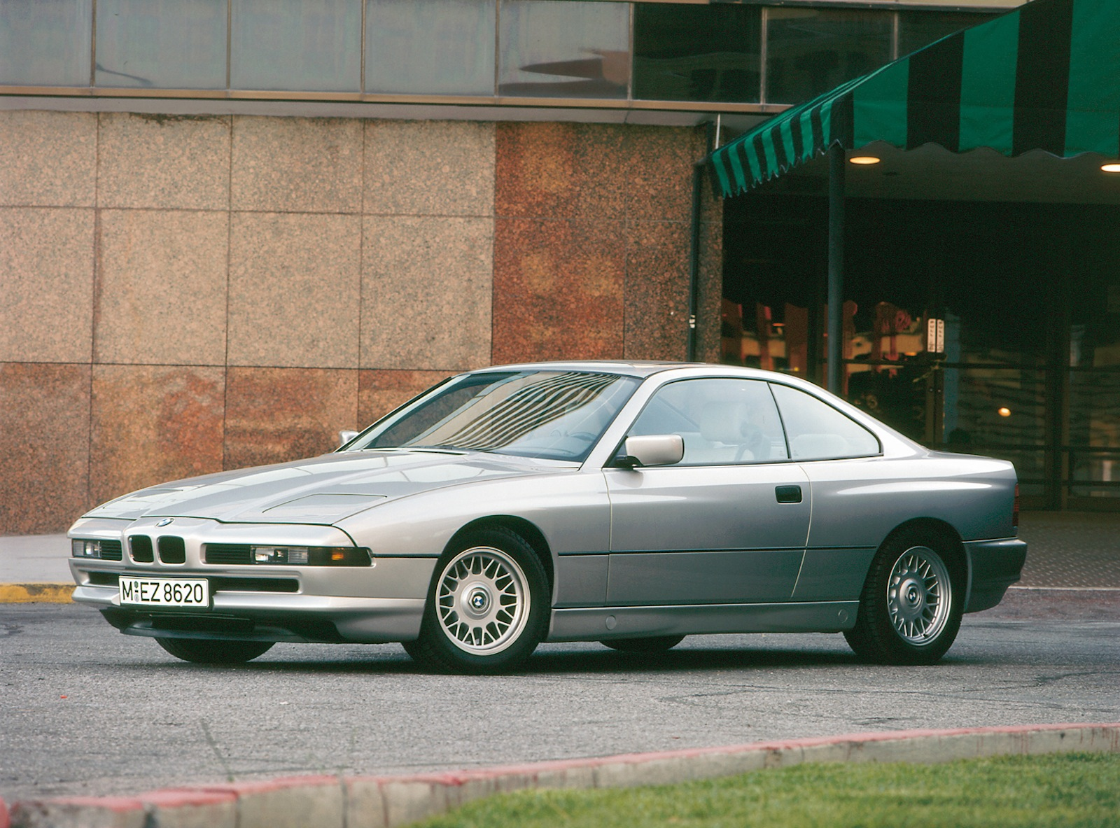 e31 bmw 8 series gr8est german v12 coupe ever. Black Bedroom Furniture Sets. Home Design Ideas