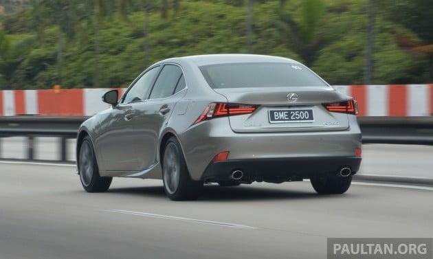 Lexus IS 250 Luxury and F Sport  2