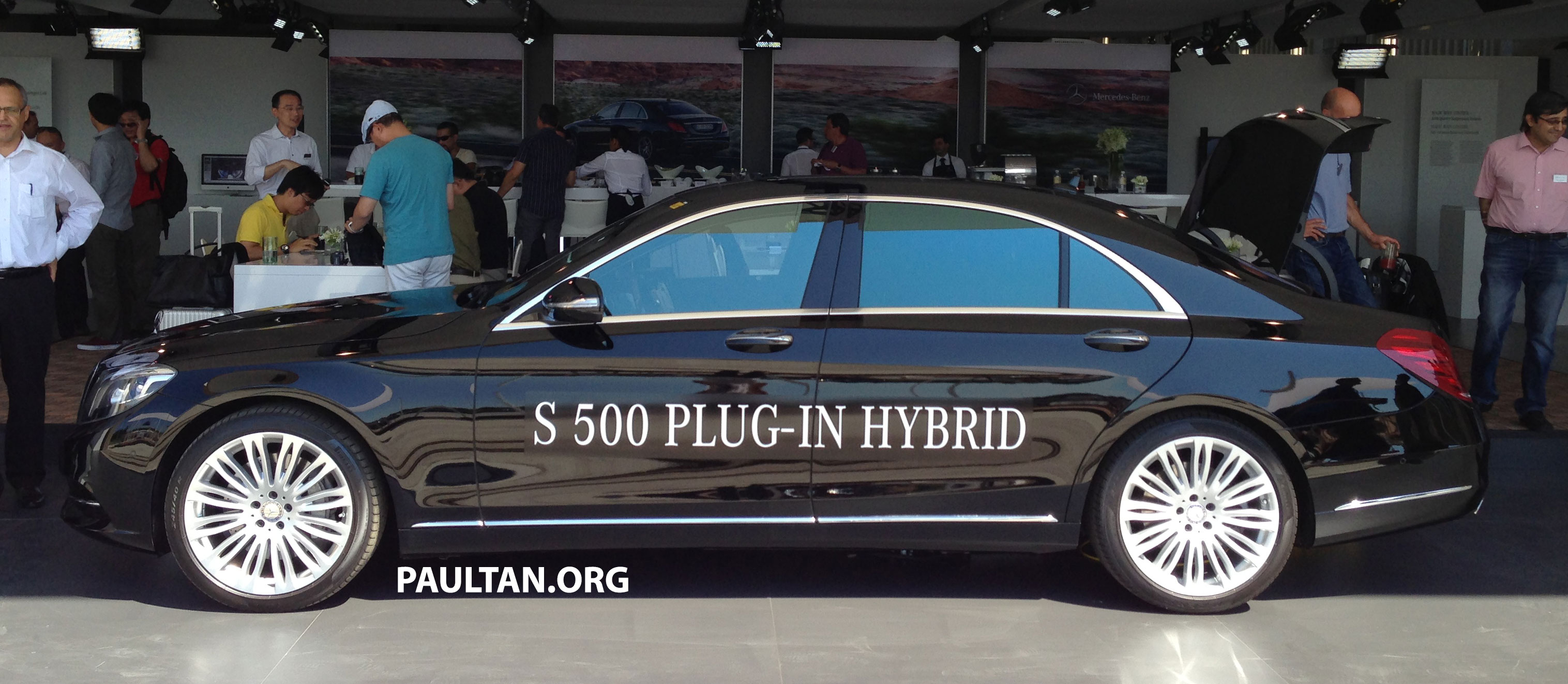 Mercedes Benz S500 Plugin Hybrid 00002 in addition 17 in addition New Vw Passat Cc Concept Previews Merc Cls Challenger Pictures together with File Symbol Electrical manipulation with electric motor on Vent also Nyc s1 3400. on electric motor