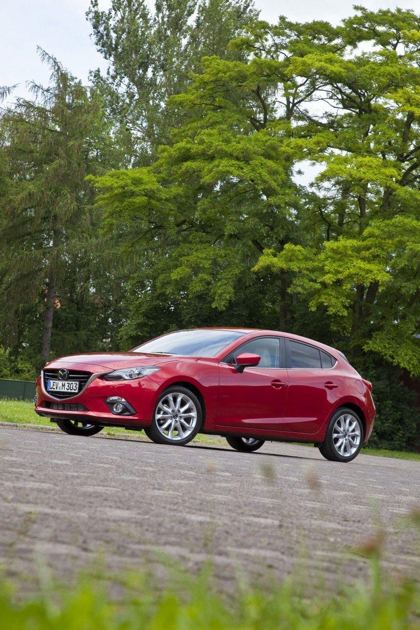 2014 Mazda 3 Sedan and Hatchback Mega Gallery Image #186933