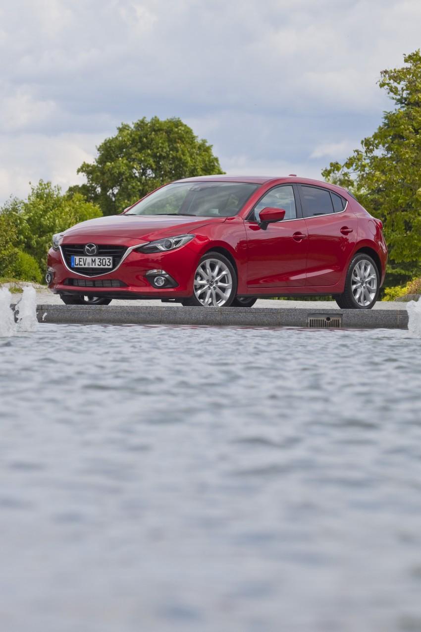 2014 Mazda 3 Sedan and Hatchback Mega Gallery Image #186930