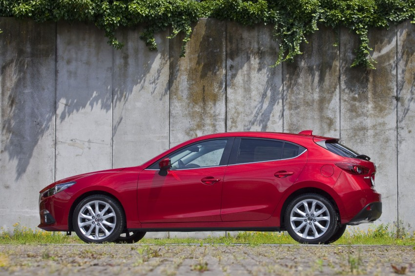 2014 Mazda 3 Sedan and Hatchback Mega Gallery Image #186922