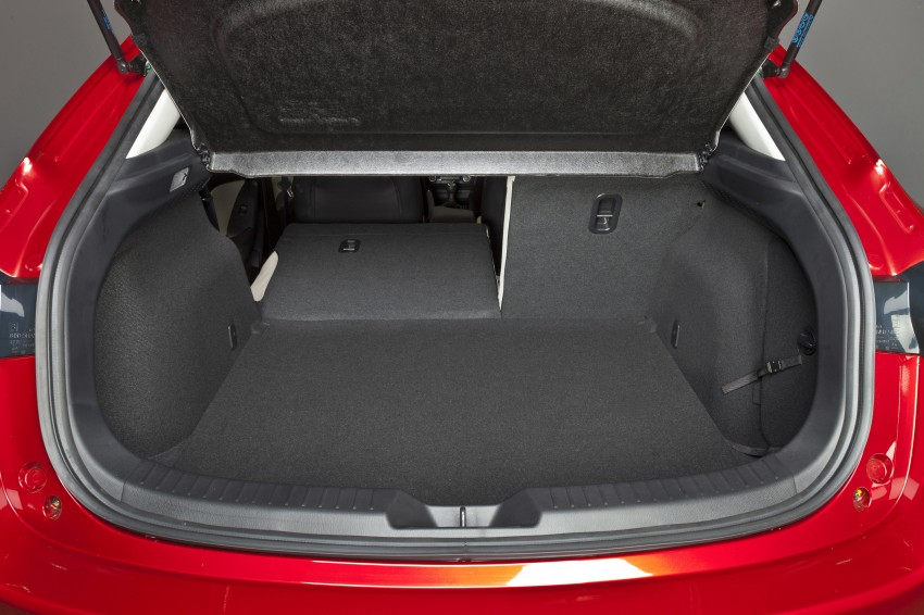 2014 Mazda 3 Sedan and Hatchback Mega Gallery Image #187042