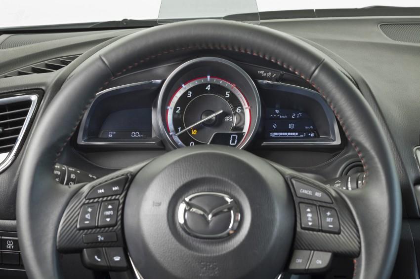 2014 Mazda 3 Sedan and Hatchback Mega Gallery Image #187036