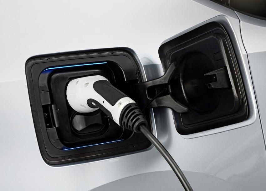 BMW i3 official debut – full details on BMW's new EV Image #190373