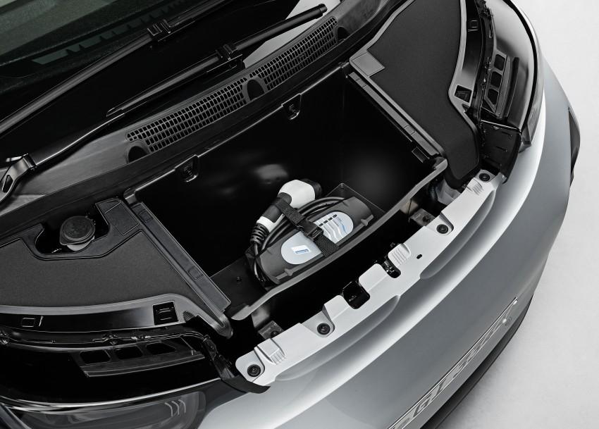 BMW i3 official debut – full details on BMW's new EV Image #190377