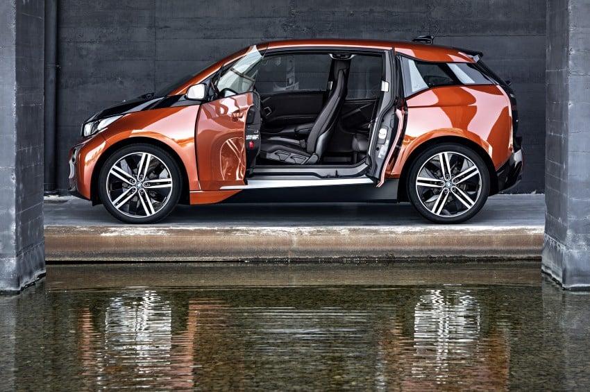 BMW i3 official debut – full details on BMW's new EV Image #190396