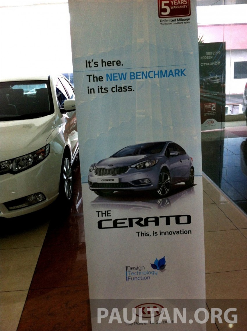 GALLERY: Kia Cerato at the showroom with brochure Image #184373