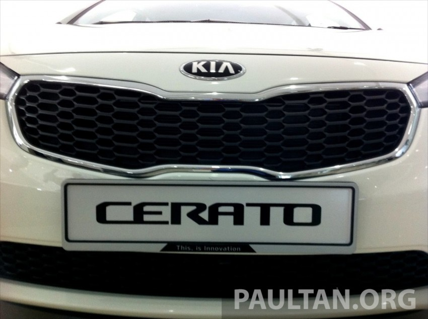 GALLERY: Kia Cerato at the showroom with brochure Image #184354