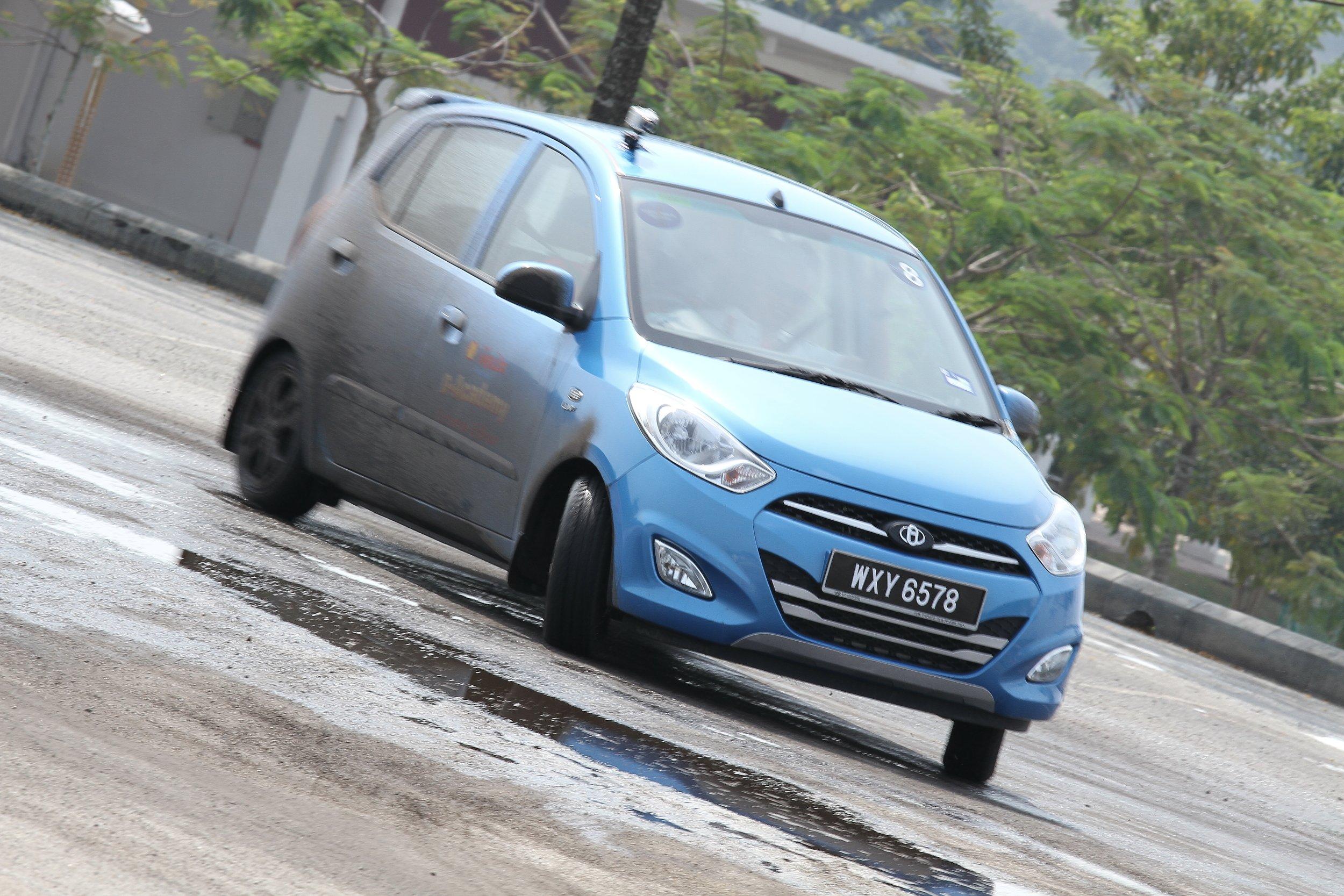 Academy Car Insurance Reviews