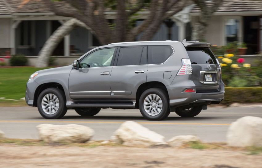 Lexus GX 460 facelift gets the spindle grille treatment Image #194556