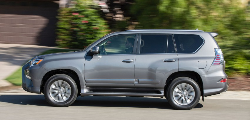 Lexus GX 460 facelift gets the spindle grille treatment Image #194560