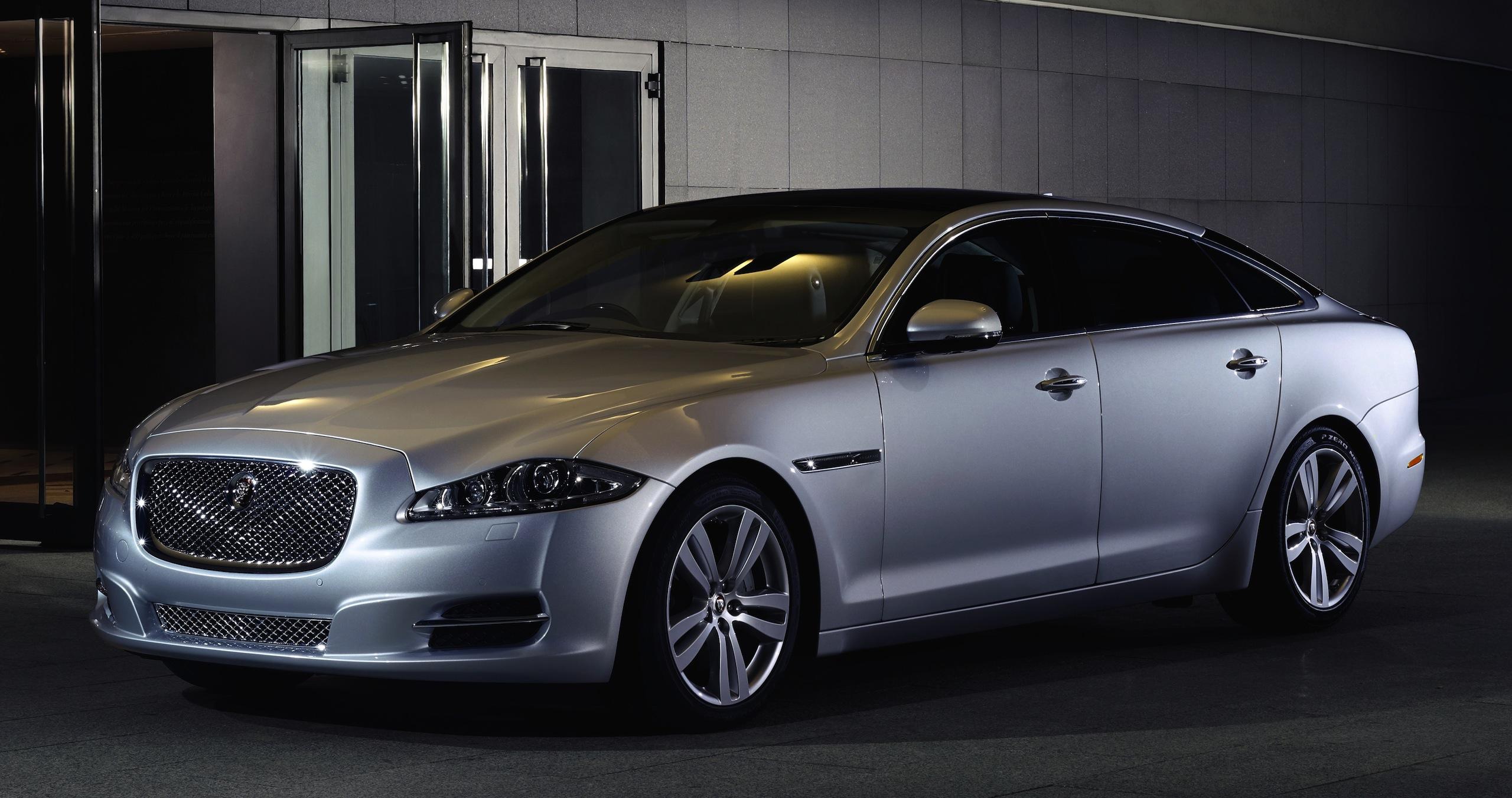 Jaguar Interior 2017 >> 2014 Jaguar XJ gets a host of interior upgrades Image 193906