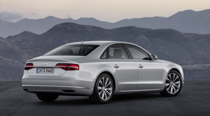 Audi A8 facelift unveiled, to debut at Frankfurt 2013 Image #194092