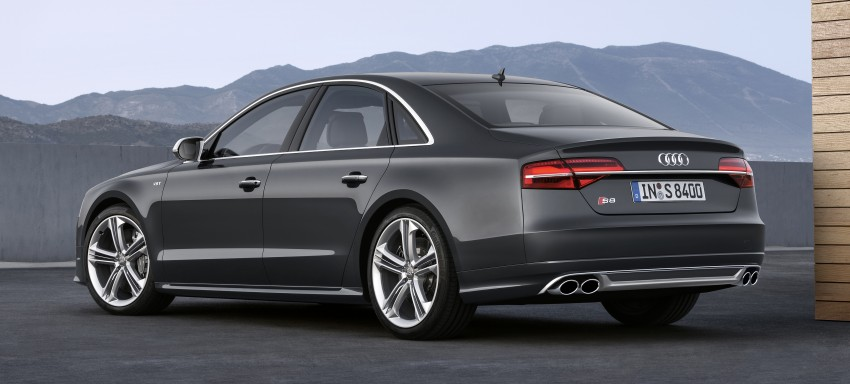 Audi A8 facelift unveiled, to debut at Frankfurt 2013 Image #194080