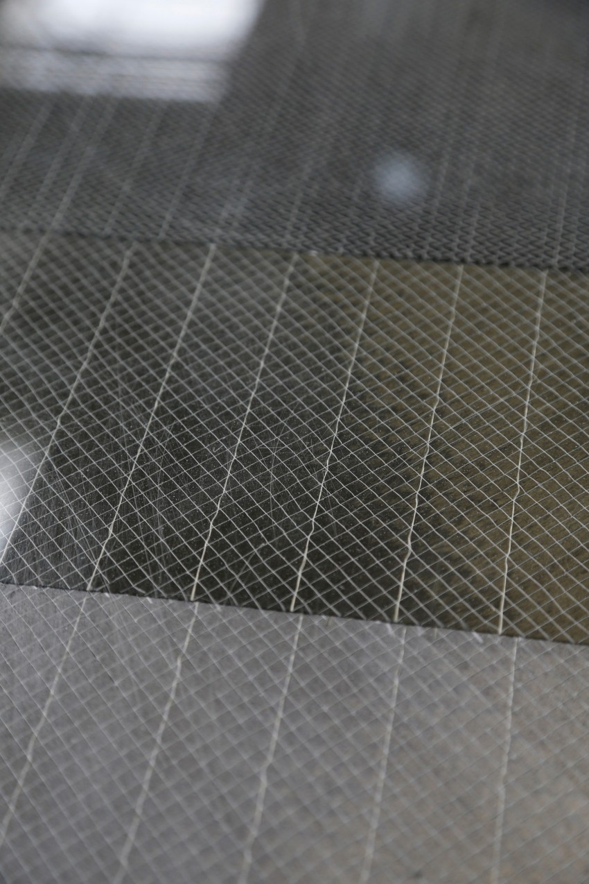 BMW i3 in detail – the world's first mass-produced car to be made primarily of carbon-fibre Image #191289
