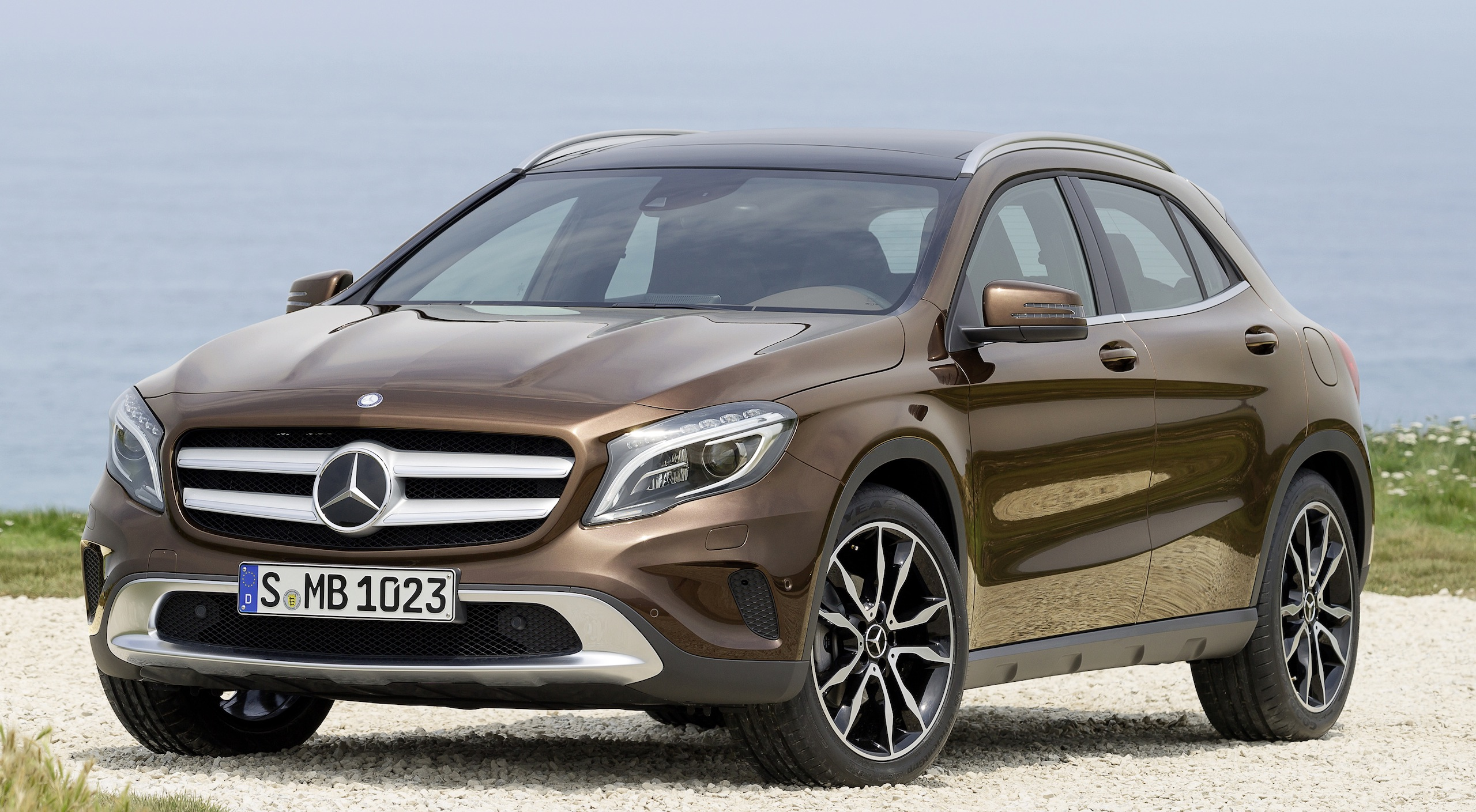 Mercedes-Benz GLA – full details, videos and gallery Paul ...