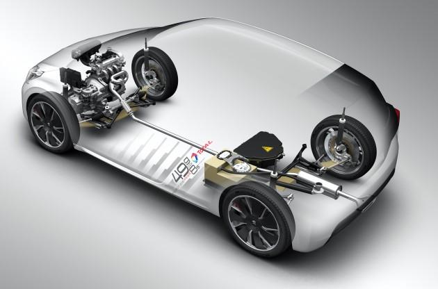 Peugeot-208-Hybrid-Fe-04