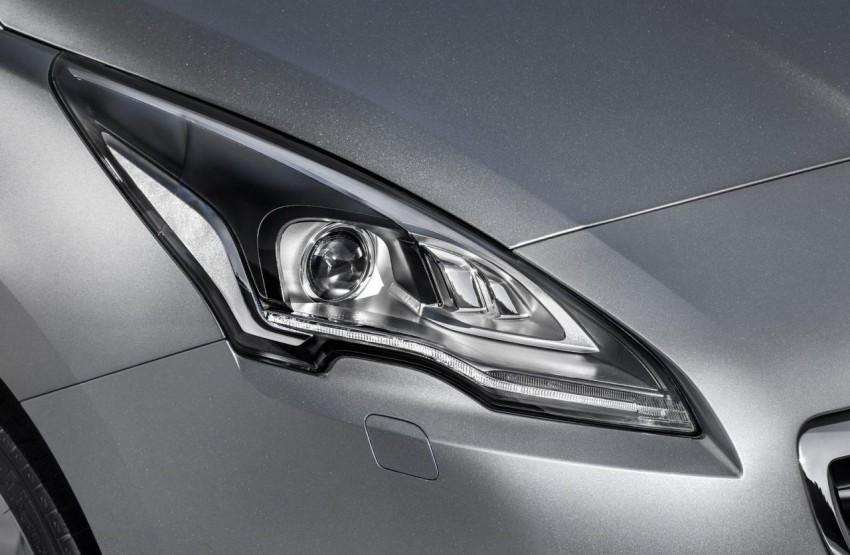 Peugeot 5008 facelift to debut at Frankfurt 2013 Image #194882
