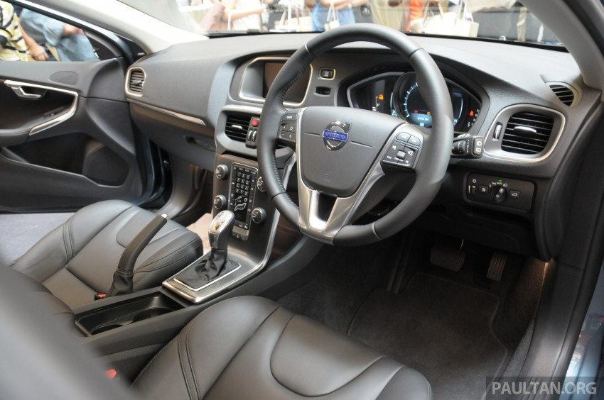 Volvo V40 launched in Malaysia – RM174k to RM199k Image #193625
