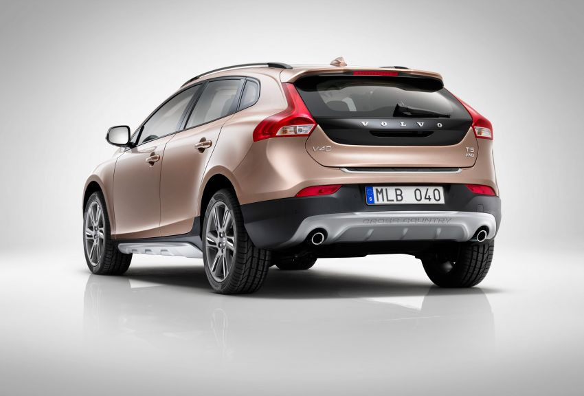 Volvo V40 launched in Malaysia – RM174k to RM199k Image #193591