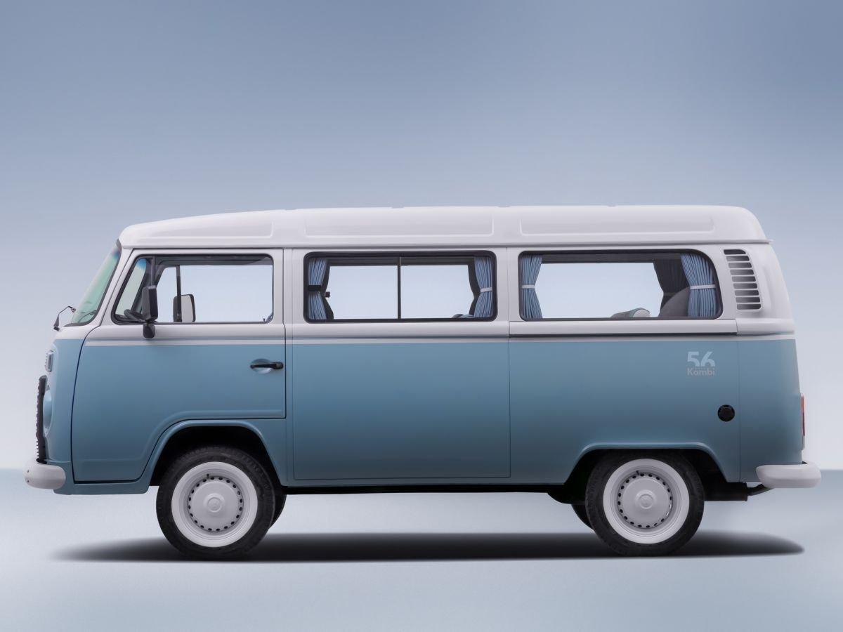 Volkswagen Kombi 2018 >> Volkswagen Kombi Last Edition marks the end of 56 years of Type 2 production in Brazil; 600 to ...