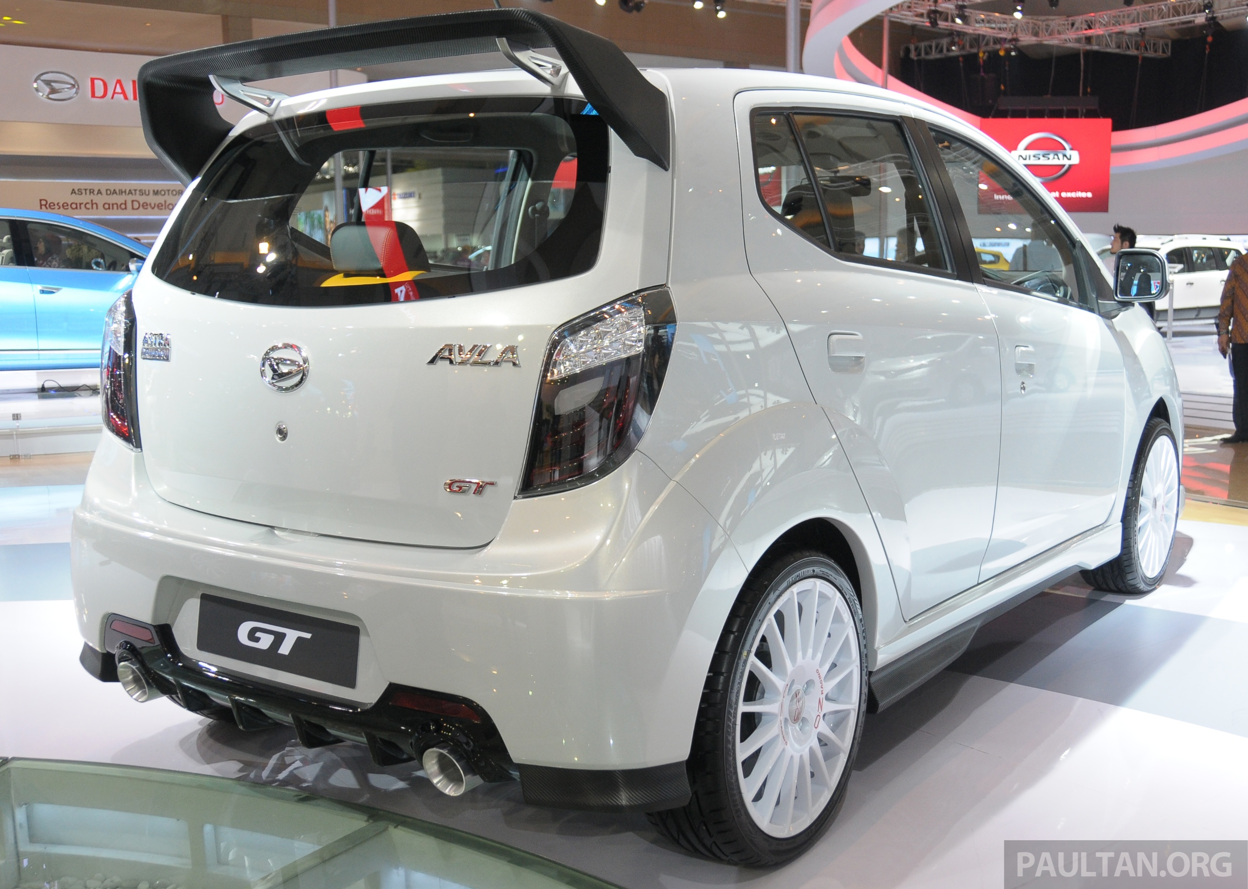 Daihatsu Ayla GT, Luxury and X-Track concepts