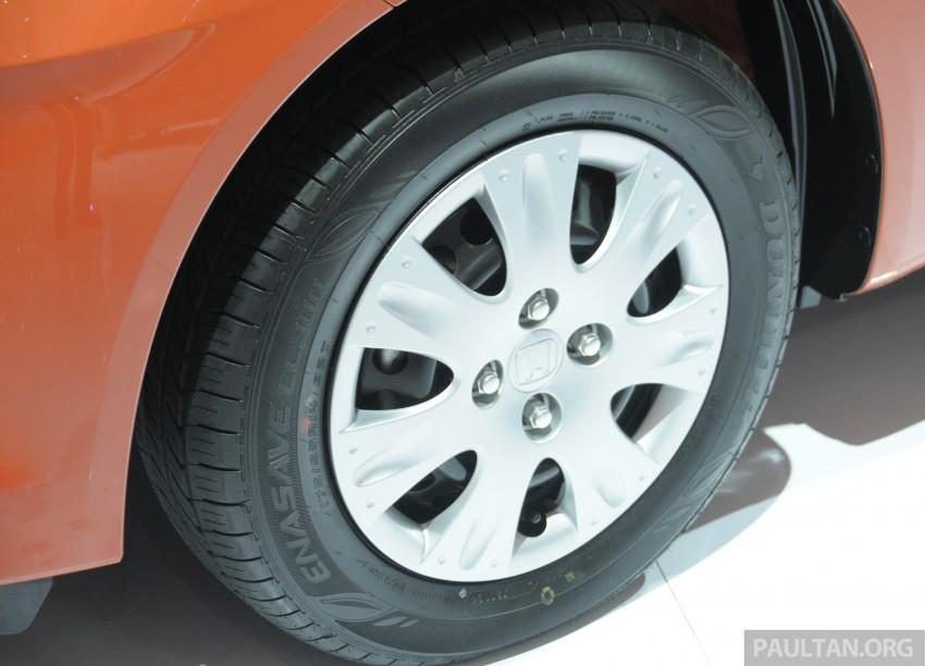 GALLERY: Honda Brio Satya: entry-level hatch at IIMS Image #200169