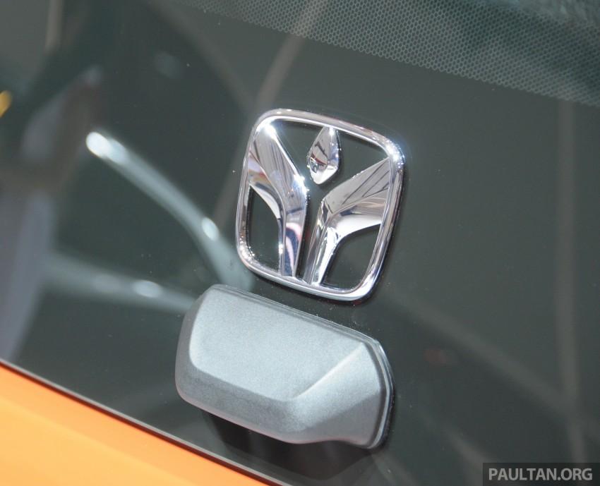 GALLERY: Honda Brio Satya: entry-level hatch at IIMS Image #200171