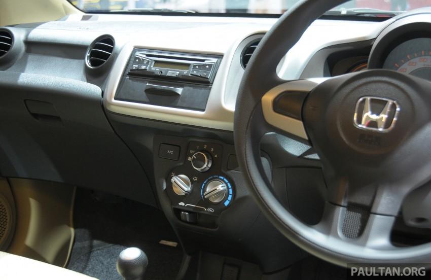GALLERY: Honda Brio Satya: entry-level hatch at IIMS Image #200175
