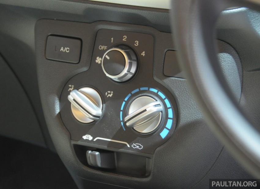 GALLERY: Honda Brio Satya: entry-level hatch at IIMS Image #200176