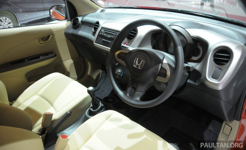GALLERY: Honda Brio Satya: entry-level hatch at IIMS Image #200181