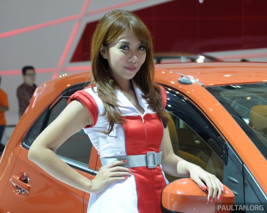GALLERY: Honda Brio Satya: entry-level hatch at IIMS Image #200189