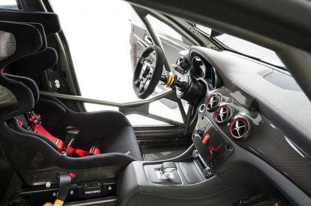 Mercedes_CLA_45_AMG_Racing_Series_005
