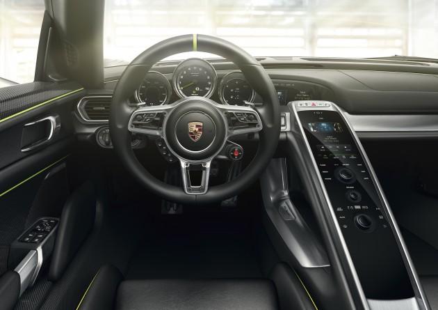 Porsche_918_Spyder_13