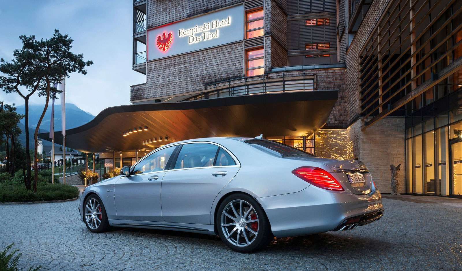 Mercedes benz s 63 amg like a boss in austria image 201945 for Mercedes benz austria