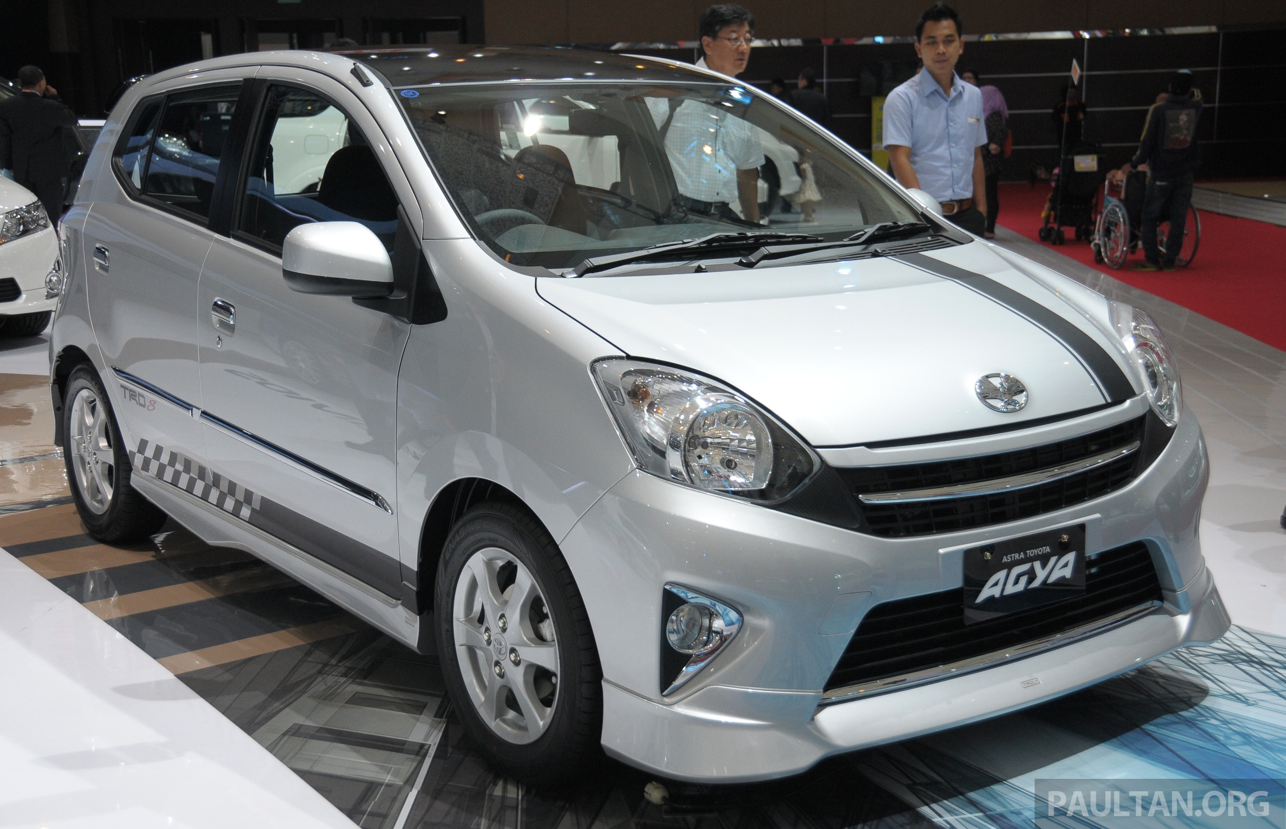 Back to Story: GALLERY: Toyota Agya at IIMS – cheap, green city car