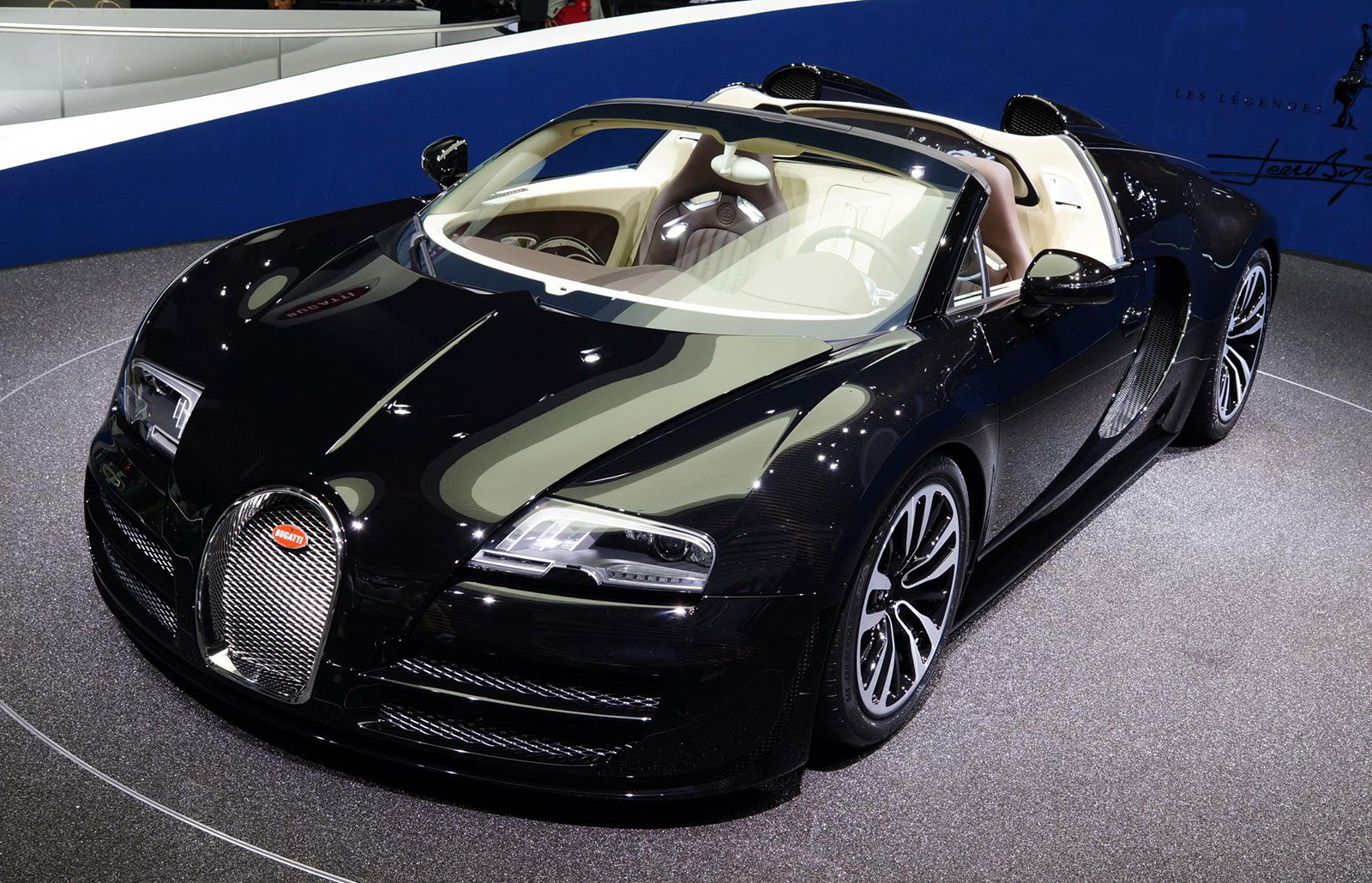 bugatti veyron jean bugatti only 3 units rm9 9 mil image 198547. Black Bedroom Furniture Sets. Home Design Ideas