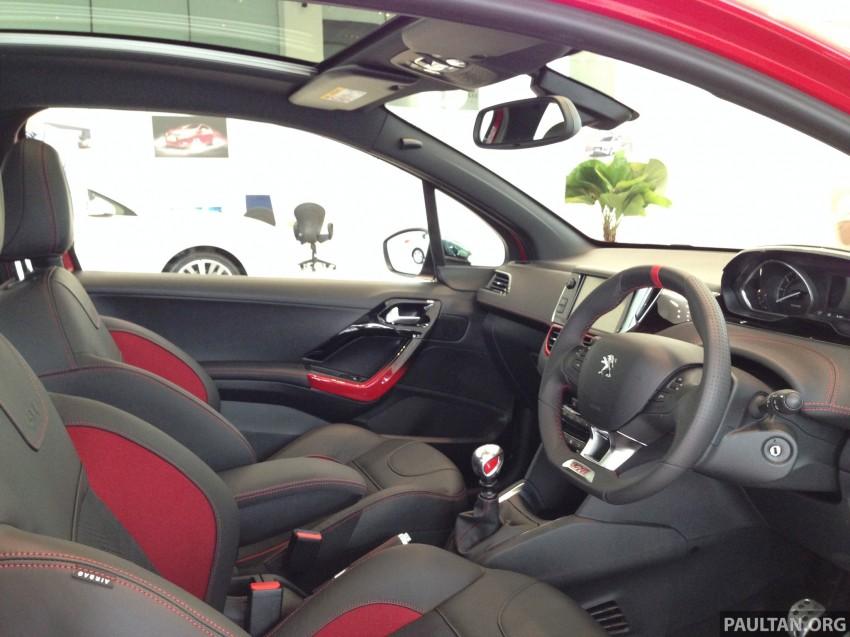 Peugeot 208 GTi on display in Blue Box Glenmarie Image #201426