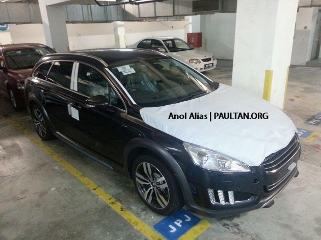 peugeot 508 hybrid4 sedan hybrid4 rxh estate spotted at jpj. Black Bedroom Furniture Sets. Home Design Ideas