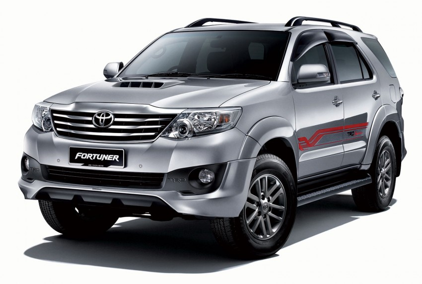 Toyota Fortuner updated: now with black cabin, Isofix Image #206791