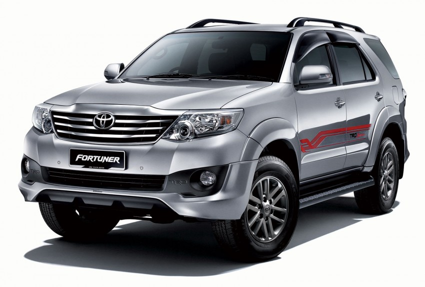 Toyota Fortuner updated: now with black cabin, Isofix Image #206796
