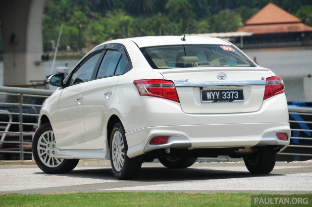2013_Toyota_Vios_review_ 005