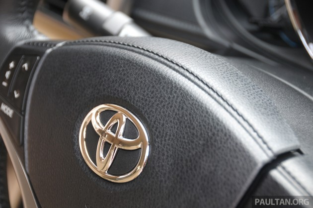 2013_Toyota_Vios_review_ 089