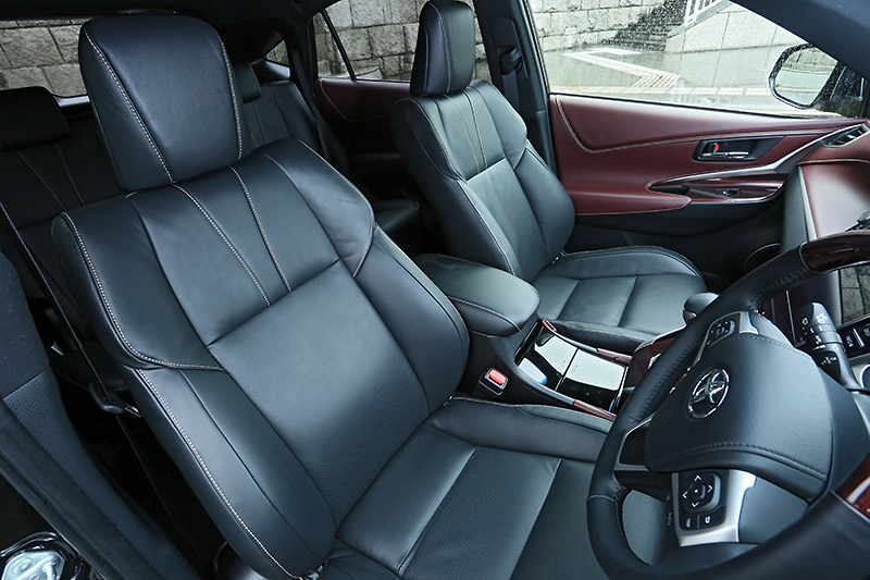 2014 Toyota Harrier – new exterior and interior photos Image #204349